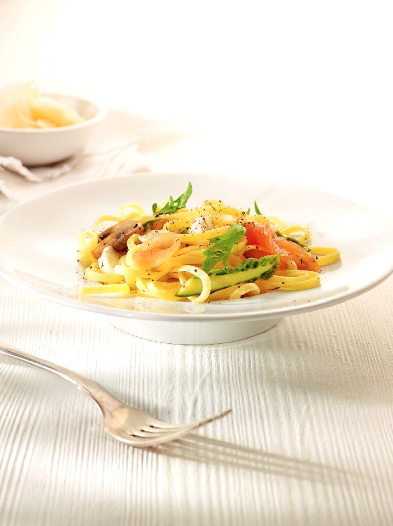 Snelle pasta met zalm
